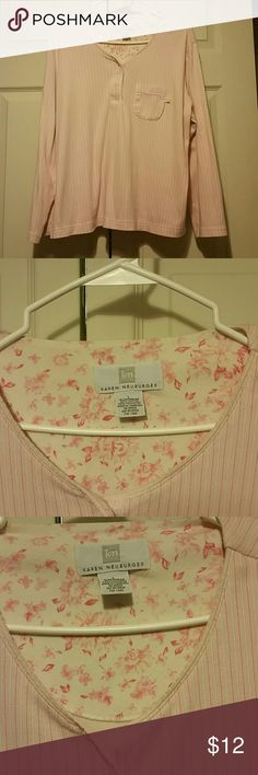 Karen Neuburger Sleep Top Used but no signs of wear. Floral cute pattern on the back inside if the top. Material is 60% cotton and 40% polyester. Colors are pink,white, and baby pink. Karen Neuburger  Intimates & Sleepwear Pajamas