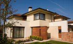 Fachadas de casas con lajas coloradas