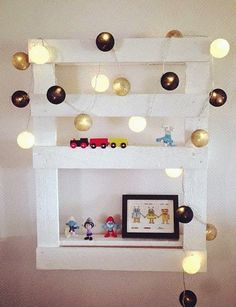mommo design: 6 PALLETS PROJECTS FOR KIDS - shelf