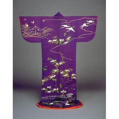 Lined Kimono with Cranes and Sparrows amidst Trees in Embroidery on Purple Crepe (Kinuchijimi) Ground. Undated. Kyoto National Museum