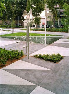 Labics · Piazza Fontana a Quinto de Stampi · Divisare