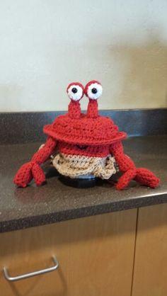 Child crochet Crab hat for beachy days