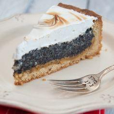 Poppy seed marzipan meringue pie!