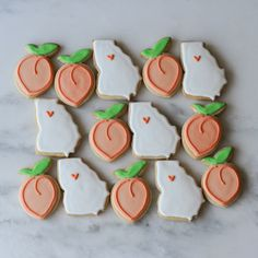 Peach Cookies, Iced Cookies, Royal Icing Cookies, Fun Cookies, Cupcake Cookies, Cupcakes, Decorated Cookies, Beautiful Cakes, Amazing Cakes