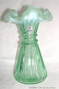 FENTON Glass Willow Green Opalescent Wheat Vase