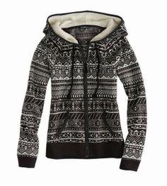 AE Fair Isle Polar Fleece Hoodie - Looks cozy. Sweater Weather, Look Fashion, Fashion Outfits, Womens Fashion, Polar Fleece, Winter Looks, Look Chic, Looks Cool, Fleece Hoodie