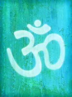 ¿Mani Padme Hum? Mani Padme Hum equivale al Mantra Om. Según el hinduismo, es el primer sonido del universo y el origen de todos los mantras. Para los budistas tibetanos, Om es el mantra de la compasión. La vibración que produce su repetición, da una sensación de serenidad, bienestar y paz interior. ¡Repítelo y disfrútalo!