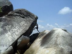 www.boulderingonline.pl Rock climbing and bouldering pictures and news holdbreaker:Some bou