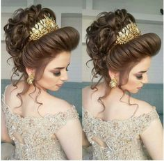 Pin by Nargis on Bridal hairstyle in 2018 Formal Hairstyles, Bride Hairstyles, Pretty Hairstyles, Peinado Updo, Pakistani Bridal Makeup, Bridal Hair Buns, Pinterest Hair, Maquillage Halloween, Hair Pieces