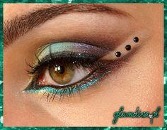 Inspired arabic makeup Makeup Geek, Hair Makeup, How To Be Indie, Arabic Makeup, Eye Make Up, Halloween Makeup, Graham, Hairstyles, Facebook