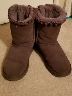 GYMBOREE DANCE TEAM SILVER BOW SHERPA LINED BOOTS 04 7  NWT