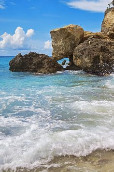 Explore the turquoise waters of Curacao. Set out on a canoe to see the small caves,  beautiful rugged coastline and spectacular cliffs of the island.