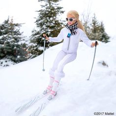 Catch me if you can! Cruising through this morning powder.  #sundance #barbie #barbiestyle