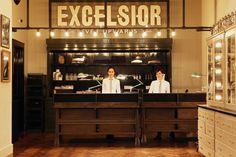 ACE Hotel(エースホテル)ニューヨークのフロント