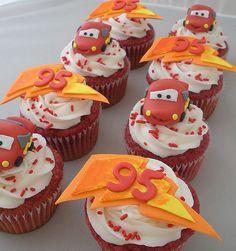 Disney Cars Lightning McqQueen Cupcakes