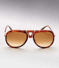 "Tom Ford ""Pablo"" Aviator Sunglasses    http://williamyan.com/blog/2009/11/10/eyewear-tom-ford-pablo-aviator-sunglasses.html"