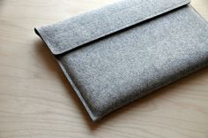 """15 inch Macbook Pro Case  Grey Wool Felt Laptop Sleeve - Velcro 15"""""""