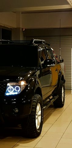 Truck Roof Rack, Truck Flatbeds, Pickup Trucks, Nissan Frontier 4x4, Frontier Truck, Nissan Navara D40, Nissan 4x4, Nissan Gtr Skyline, Nissan Titan