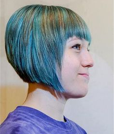 Pretty Dark Purple Pixie - Short Hair with Bangs – 40 Seriously Stylish Looks - The Trending Hairstyle Short Hair With Bangs, Hairstyles With Bangs, Short Hair Styles, Styles Courts, Unnatural Hair Color, Fuller Hair, Hair Color Highlights, Hair Color Blue, Hair Game