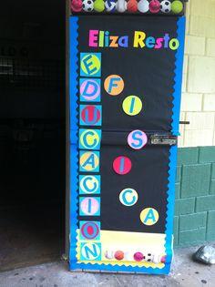 Decoración de puerta, salón de clases.
