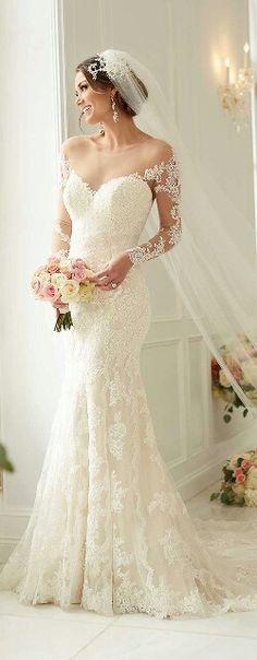 Stella York wedding dress #pittsburgh Ventage Wedding Dresses, Wedding Dresses With Lace, Vintage Wedding Gowns, Lace Trumpet Wedding Dress, Mermaid Wedding Dress With Sleeves, Trumpet Gown, 1940s Wedding, Wedding Dress Backs, Dress Vintage