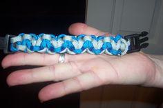 DIY paracord bracelet (locked-in-love design)