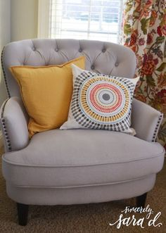 Cutting Edge Stencils shares how to create the perfect accent pillow to match your decor using the Funky Wheel Paint-A-Pillow kit. Accent Pillows, Throw Pillows, Stencil Decor, Cutting Edge Stencils, Perfect Pillow, Love Seat, Campaign, Couch, Kit