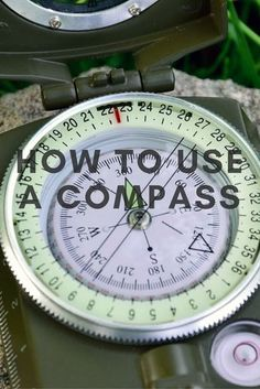 The compass is a basic survival tool that all of us should learn how to use. These blog posts tell you how. #familysurvivalideas
