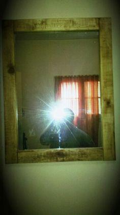 Espejo de Pallet By Rucula Design...