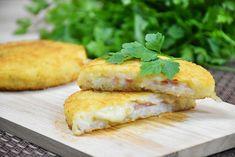 Le focaccine di riso con prosciutto e formaggio sono facili e veloci da preparare ma di sicuro effetto. Scopriamo la ricetta e delle varianti