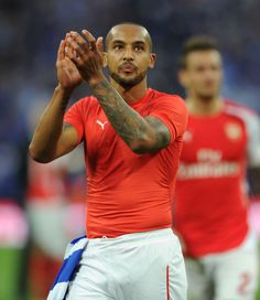 Theo Walcott applauds the Arsenal fans after the FA Cup Semi Final between Reading and Arsenal at Wembley Stadium on April Arsenal Football, Arsenal Fc, Theo Walcott, Arsene Wenger, Wembley Stadium, Semi Final, European Football, Fa Cup, Finals