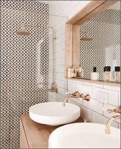 The prettiest bathroom we ever did see Image via Deborah Coimbra - Interior Decor bathroom bathroom design bathrooms ideas small bathroom ideas Bathroom Layout, Modern Bathroom Design, Bathroom Interior Design, Interior Decorating, Bathroom Ideas, Bathroom Organization, Minimal Bathroom, Washroom Design, Bathroom Storage
