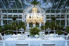 Greenhouse supper - Carolyne Roehm