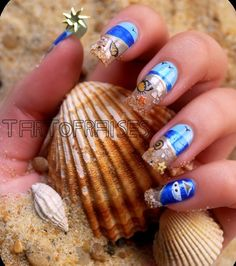 Seaside summer nails, too much fun. Love the little crab.