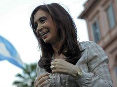 Hoy fue un día histórico para Argentina; ya que la presidenta Cristina Fernández de Kirchner, anunció por la mañana a través de cadena nacional que va a expropiar la filial de Repsol en Argentina, Yacimientos Petrolíferos Fiscales (YPF), tras anunciar que la producción de hidrocarburos será considerada de interés público.