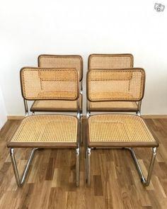 Bild 1 Skinnfåtöljer  Läckö  formgivna av Ingemar Thillmark för OPE möbler 1960-tal.  Grön skinn med patina. (En dyna har hamnat bakåfram vid fotograferingen). Pris: 6000kr/paret  Bild 2  Bauhaus- stolar. 2000kr för alla fyra. SÅLDA  Bild 3  Fåtölj  ...