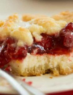 Layers of cheesecake filling and cherry pie filling are sandwiched between a crumb crust and topping. Cake Recipes, Dessert Recipes, Baking Desserts, Yummy Recipes, Blueberry Crumb Bars, Cherry Pie Bars, Cherry Delight, Cherry Desserts, Homemade Cheese