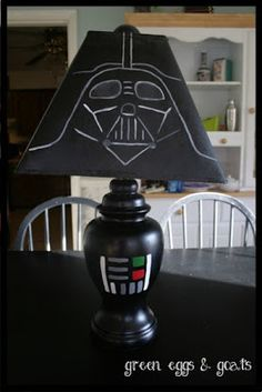 DIY Darth Vader Lamp - Pretty sure I'll be making this for Marc sometime (let's hope this is the one pin he doesn't see posted to Facebook) =)