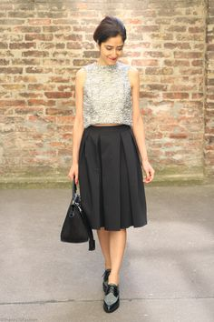 midi skirt, cropped top, pointy oxfords and celine bag. Office chic,  #office #look