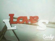 Love e letras em mdf