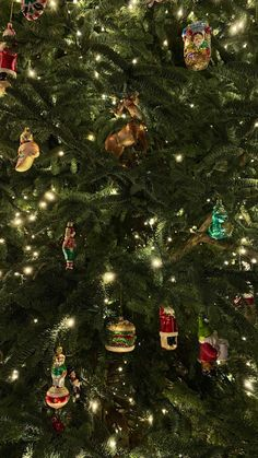 Christmas tree 🎄⚜️