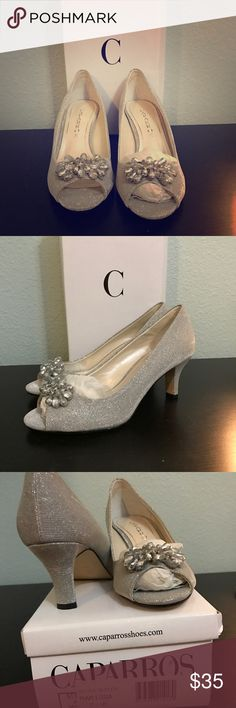 New Caparros Silver Glitter low heel 7.5 Brand new in the box Super comfortable shoe! Caparros Melissa Silver Glitter Low Heel Women's US Size 7.5 Caparros Shoes Heels