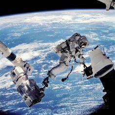 ISS Space Walk 写真プリント