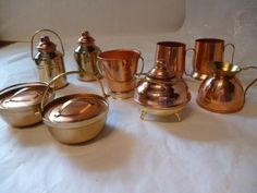 LOT-OF-MINIATURE-COPPER-AND-BRASS-POTS-ETC-DOLL-HOUSE-NEW-IN-PLASTIC-BAGS