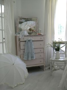 shabby chic clothes and closets