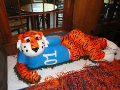 Aubie Cake | Auburn University Mascot - Aubie — Groom's Cakes
