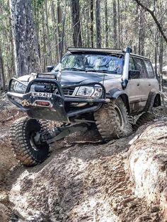 """Excellent """"best compact suv"""" detail is readily available on our site. Read more and you wont be sorry you did. Nissan 4x4, Nissan Trucks, 4x4 Trucks, Custom Trucks, Nissan Patrol Y61, Best Midsize Suv, Best Compact Suv, Toyota Land Cruiser 100, Patrol Gr"""