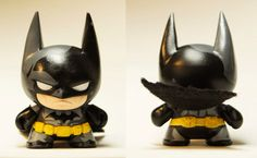 Batman Mini Munny by on DeviantArt Biscuit, Clay Fairy House, How To Make Clay, Bd Comics, Batman Universe, Clay Ornaments, Miniature Figurines, Fondant Figures, Polymer Clay Charms