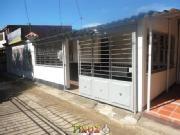 Cod Abprv906 Casa En Arriendo En Cucuta Zulima Garage Doors, Home Appliances, Patio, Outdoor Decor, Home Decor, Traditional Kitchen, Hair Style, Dining Room, Quartos