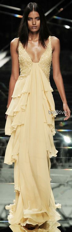 Samuel Cirnansck RTW Summer 2015 | FASHION: GOLDEN, YELLOW, BEIGE, BROWN